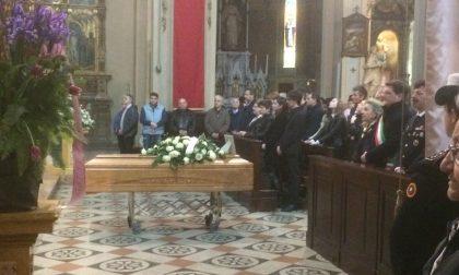 Esplosione Ecb | Folla per l'addio a Gian Battista Gatti FOTO VIDEO
