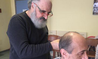 Tiziano Depascalis torna a tagliare i capelli