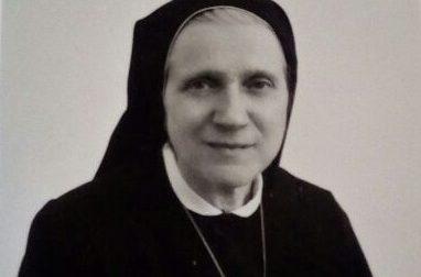 Si è spenta madre Teresa Crespi, canossiana dal cuore grande