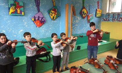 Musica tra i banchi di scuola, all'Ic Grossi si suona il violino