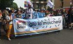Bergamo pride, un corteo festoso per la città I VIDEO