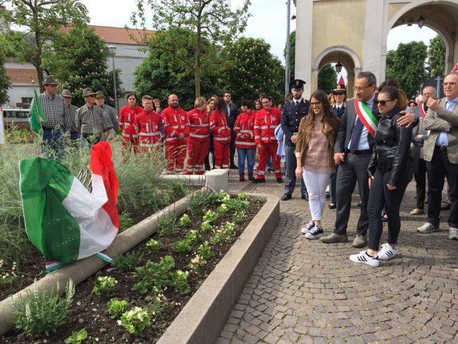Il memoriale per le tre vittime del disastro ferroviario di Pioltello
