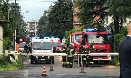 Monza: travolto dal treno al passaggio a livello