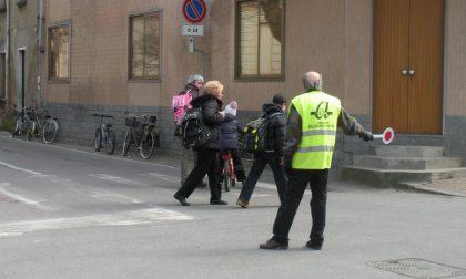 Dopo gli insulti i nonni vigile rientrano al lavoro