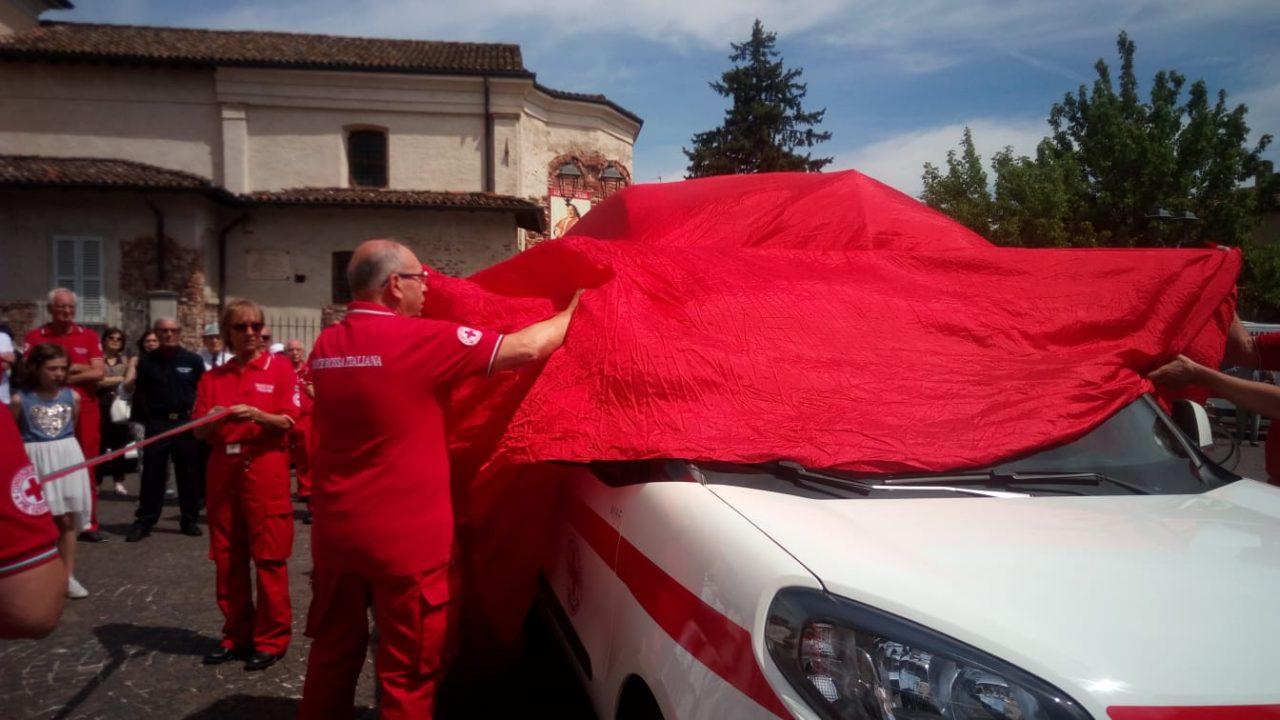 nuovo furgoncino Croce Rossa Fara