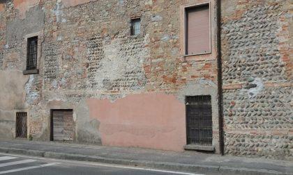 Cancellato affresco della santella in via Vittorio Veneto