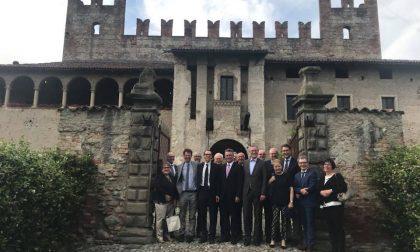 Delegazione tedesca in visita ai castelli di Cavernago