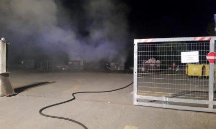 Incendio in discarica a Casaletto Vaprio, è il secondo in pochi mesi