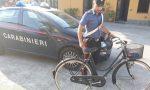 Brutta mattinata per un ladro di biciclette VIDEO FOTO