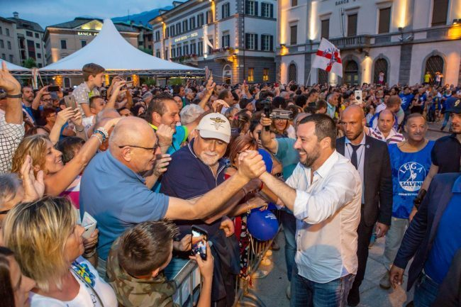 "Salvini a Sondrio: ""Taglieremo i 35 euro agli immigrati"" VIDEO"