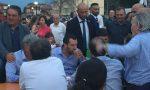 Matteo Salvini a Caravaggio, il Ministro arriva in anticipo e cena con i sostenitori: grigliata e birra VIDEO FOTO