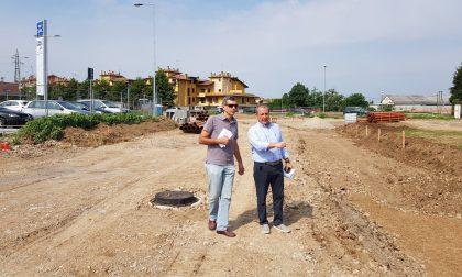 Via Bergamo, la nuova rotatoria sarà pronta a settembre