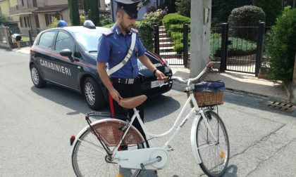 Tossicodipendente denunciato per ricettazione di una biciletta