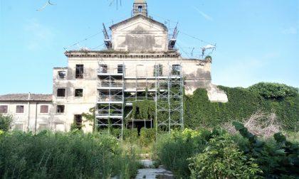 Villa Obizza sta per crollare FOTO