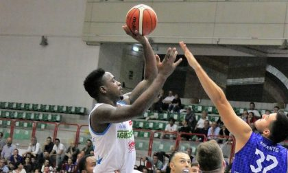 Jamal Olasewere ha firmato con la Blu Basket