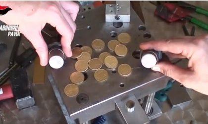 Producevano monete false, tre in arresto FOTO e VIDEO