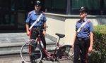 Cerca di piazzare la bici rubata… ma sbaglia decisamente cliente