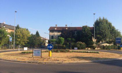 Adotta un'area verde, altre due rotonde di Caravaggio ai privati