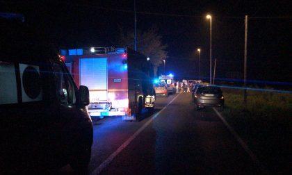 Scontro tra auto a Rivolta, quattro persone coinvolte SIRENE DI NOTTE