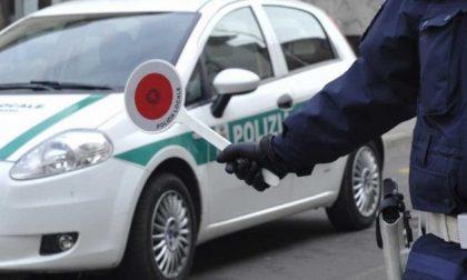 Guida senza patente (di nuovo), sorpresa una 40enne denunciata a piede libero