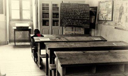 Isolato bimbo figlio di genitori No Vax: lasciato in una classe da solo