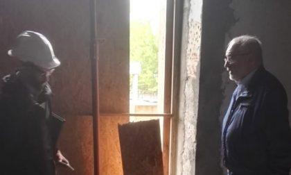 Blitz del sindaco all'Hotel Cabina di Capriate