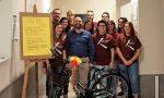 I ciclisti del Pro G regalano una Bianchi al Comune