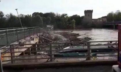 Distrutta la passerella sull'Adda a Pizzighettone VIDEO