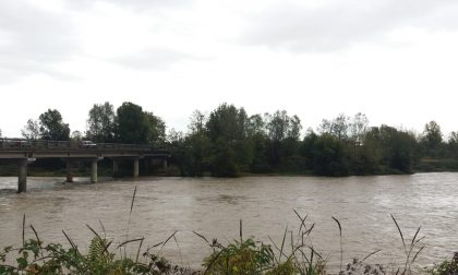 Inseguimento nel fiume, poliziotta arresta uno spacciatore