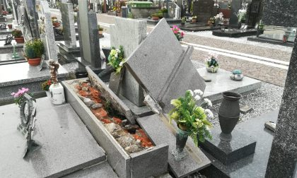 Maltempo Fara d'Adda, scoperchiate anche le tombe al cimitero FOTO