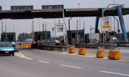 Capriate casello autostradale chiuso di notte per lavori