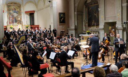 Orchestra e coro omaggiano Fauré
