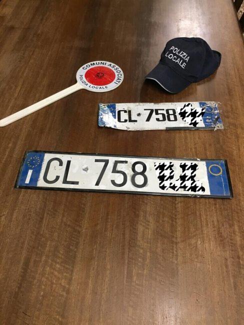 targa e patente falsa polizia spirano