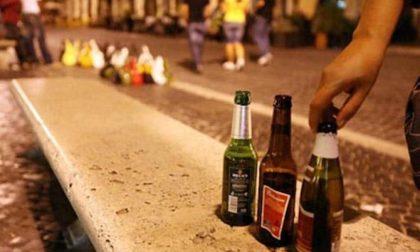 Per il brindisi di Natale solo bicchieri di plastica...
