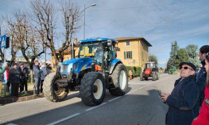 """Basella """"capitale"""" dell'agricoltura della Bassa: quasi 200 trattori nella frazione FOTO"""