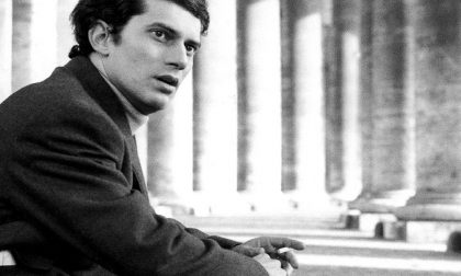 Luigi Tenco al Filodrammatici in uno spettacolo teatrale