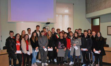 Borse di studio agli studenti più brillanti di Pontirolo