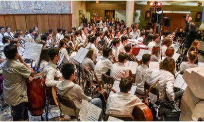Concerto di Natale della scuola «Tommaso Grossi» di Treviglio