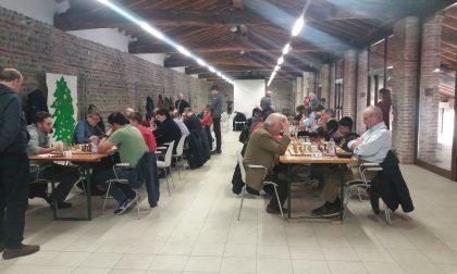 Torneo di scacchi per i ragazzi delle scuole a Spirano