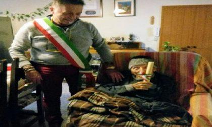 Vailatese e centenario: gli auguri del sindaco a nonno Battista