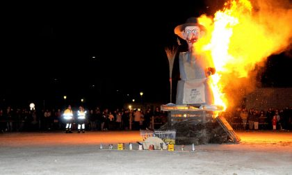 """A Calvenzano domani si brucia la """"vègia"""" (che poi trasloca)"""