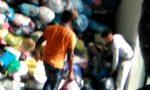 Caporalato, 3 euro l'ora per raccogliere abiti usati: 10 indagati VIDEO
