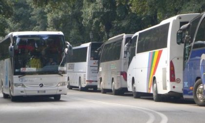 Niente pensionamento anticipato per gli autobus ncc