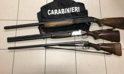 """""""Ti sparo in faccia"""", e i carabinieri gli sequestrano i fucili"""