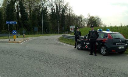 Fermato dai carabinieri, finisce in cella per furto