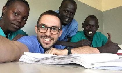 Incendio al dormitorio della Tonj Project in Sud Sudan. Tra i volontari Edoardo Sacchi di Arcene