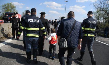 Terrore sul bus dei bambini: voleva fare una strage FOTO