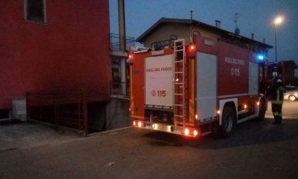 Incendio a Trescore, arrivano i vigili del fuoco