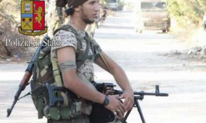 Terrorismo a Como: condannato perché costrinse il figlio al Jihadismo