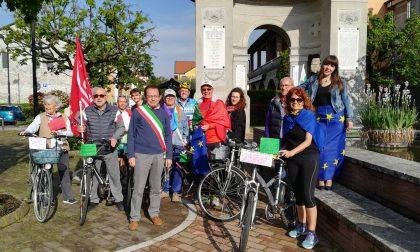 Festa della Liberazione sull'Adda fra bici, murales e cerimonie FOTO